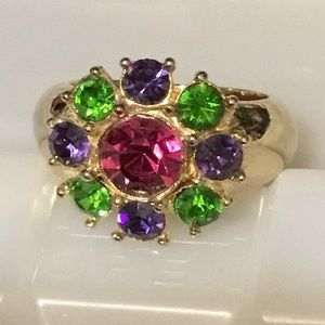 Fabulous gold tone cocktail ring
